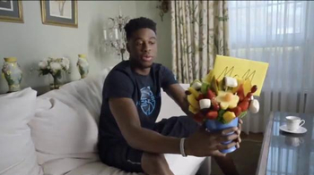 Foot Locker TV Spot, 'Gift' Featuring Emmanuel Mudiay - Thumbnail 3