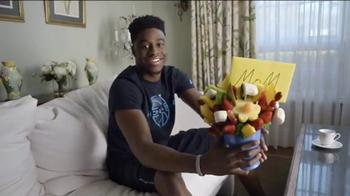 Foot Locker TV Spot, 'Gift' Featuring Emmanuel Mudiay - Thumbnail 4