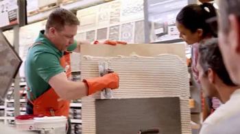 The Home Depot TV Spot, 'Adornar con losa cerámica' [Spanish] - Thumbnail 4