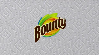 Bounty TV Spot, 'More Dog Life Per Roll' - Thumbnail 8
