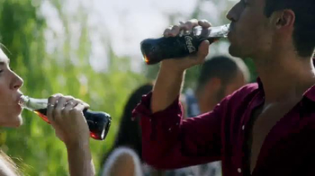 Coca-Cola TV Spot, 'Family Gatherings' Song by Jess Glynne - Thumbnail 7