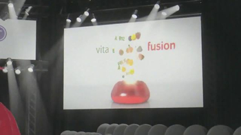 VitaFusion Women's TV Spot, 'Fashion Runway' - Thumbnail 5