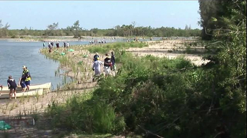 CITGO TV Spot, 'Hurricanes Katrina and Rita' - Thumbnail 3