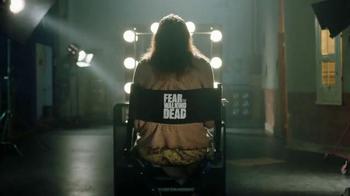 T-Mobile TV Spot, 'AMC: Fear the Walking Dead' - Thumbnail 2