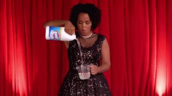 Clorox Splash-Less Bleach TV Spot, 'Red Carpet Clean' - Thumbnail 4