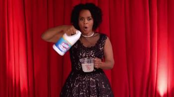 Clorox Splash-Less Bleach TV Spot, 'Red Carpet Clean' - Thumbnail 5