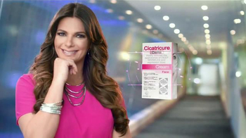 Cicatricure Crema TV Spot, 'Nota informativa' con Bárbara Bermudo [Spanish] - Thumbnail 7