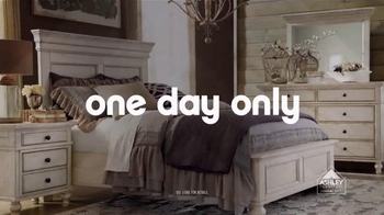 Ashley Furniture Homestore TV Spot, 'Relax and Save' - Thumbnail 4