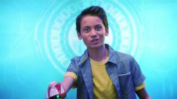 Playmation Marvel Avengers Repulsor Starter Pack TV Spot, 'Disney Channel: Practice Battle' - Thumbnail 4