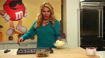 M&M's TV Spot, 'Recetas para verano' [Spanish] - Thumbnail 7
