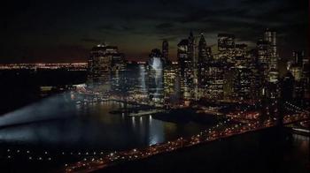 AT&T TV Spot, 'DIRECTV: Times Square' - Thumbnail 9