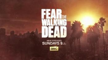 T-Mobile TV Spot, 'AMC: Fear the Walking Dead Exclusive Content' - Thumbnail 6