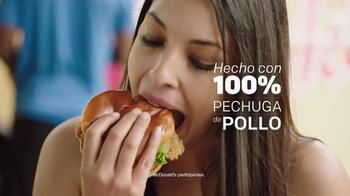 McDonald's Buttermilk Crispy Chicken Sandwich TV Spot, 'Festival' [Spanish] - Thumbnail 2