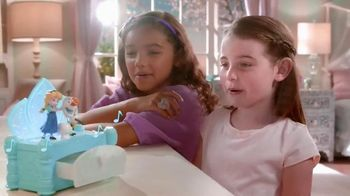 Disney Frozen Musical Jewelry Box TV Spot, 'Do You Want to Build a Snowman' - 1008 commercial airings