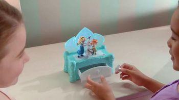 Disney Frozen Musical Jewelry Box TV Spot, 'Do You Want to Build a Snowman' - Thumbnail 6