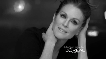 L'Oreal Paris Age Perfect Eye Renewal TV Spot, 'Renew' Feat. Julianne Moore