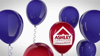 Ashley Furniture Homestore Labor Day Event TV Spot, 'Storewide Savings' - Thumbnail 1