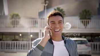 AT&T Mobile Share Plan TV Spot, 'Nostalgia' [Spanish] - Thumbnail 1