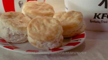 KFC Family Fill Ups TV Spot, 'La lluvia' [Spanish] - Thumbnail 9