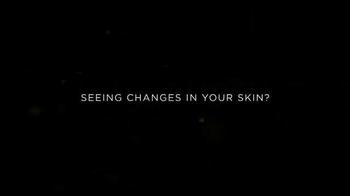 L'Oreal Paris Age Perfect Cell Renewal TV Spot, 'Change' Ft. Julianne Moore - Thumbnail 1