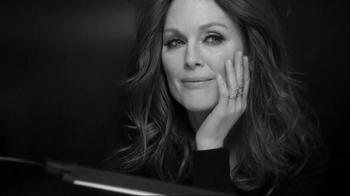 L'Oreal Paris Age Perfect Cell Renewal TV Spot, 'Change' Ft. Julianne Moore - Thumbnail 8