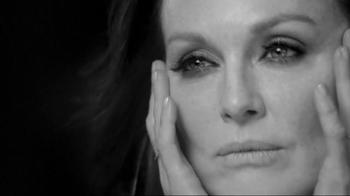 L'Oreal Paris Age Perfect Cell Renewal TV Spot, 'Change' Ft. Julianne Moore - Thumbnail 3