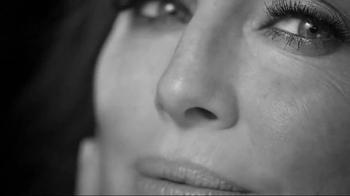 L'Oreal Paris Age Perfect Cell Renewal TV Spot, 'Change' Ft. Julianne Moore - Thumbnail 6