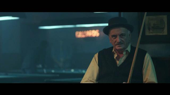 Jack in the Box Spicy Nacho Chicken Sandwich TV Spot, 'Pool Hall' [Spanish] - Thumbnail 1
