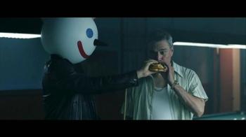Jack in the Box Spicy Nacho Chicken Sandwich TV Spot, 'Pool Hall' [Spanish] - Thumbnail 6