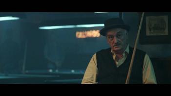 Jack in the Box Spicy Nacho Chicken Sandwich TV Spot, 'Pool Hall' [Spanish] - Thumbnail 7