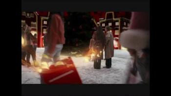 Merry Pringles TV Spot - Thumbnail 8