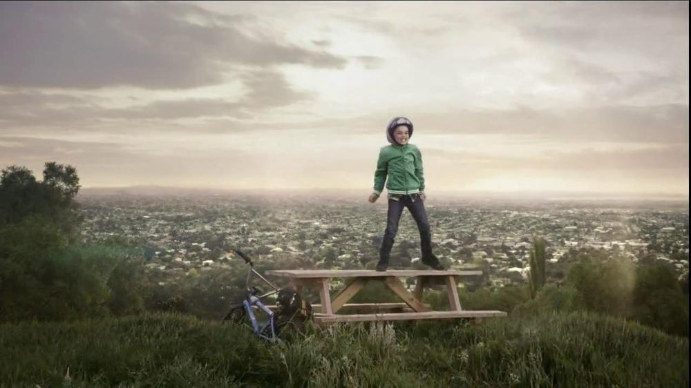 Quaker Oats TV Commercial, 'The Hill'