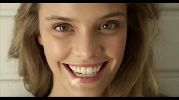 Aerie TV Spot, 'Pretty Inside and Out' Featuring Nina Agdal - Thumbnail 1