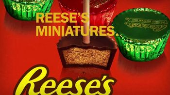 Reese's Miniatures TV Spot, 'Toothpicks' - Thumbnail 8