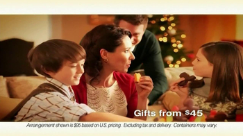 Edible Arrangements Holiday House Bouquet TV Spot - Thumbnail 7