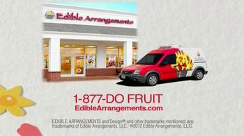Edible Arrangements Holiday House Bouquet TV Spot - Thumbnail 8