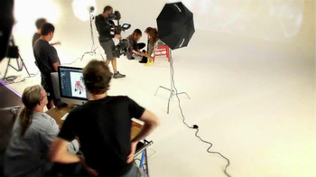 SKCH+3 TV Spot, 'Photoshoot' - Thumbnail 6