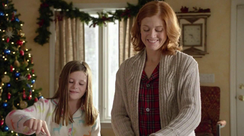 Pillsbury Cinnabon Rolls TV Spot, 'Holiday Tradition' - Thumbnail 1
