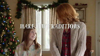 Pillsbury Cinnabon Rolls TV Spot, 'Holiday Tradition' - Thumbnail 10