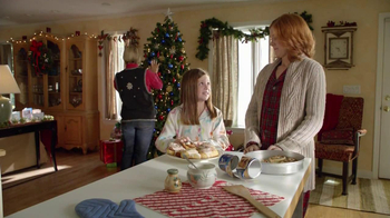 Pillsbury Cinnabon Rolls TV Spot, 'Holiday Tradition' - Thumbnail 3