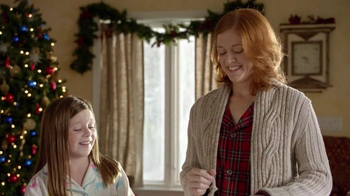 Pillsbury Cinnabon Rolls TV Spot, 'Holiday Tradition' - Thumbnail 4