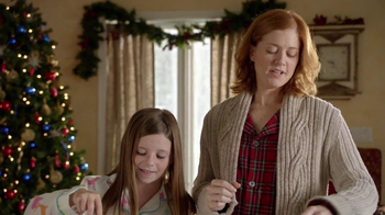 Pillsbury Cinnabon Rolls TV Spot, 'Holiday Tradition' - Thumbnail 5