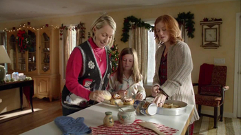 Pillsbury Cinnabon Rolls TV Spot, 'Holiday Tradition' - Thumbnail 7