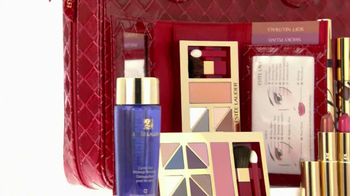 Estee Lauder Beautiful TV Spot, 'Red Case Traveler' Song by Damien Leith - Thumbnail 7