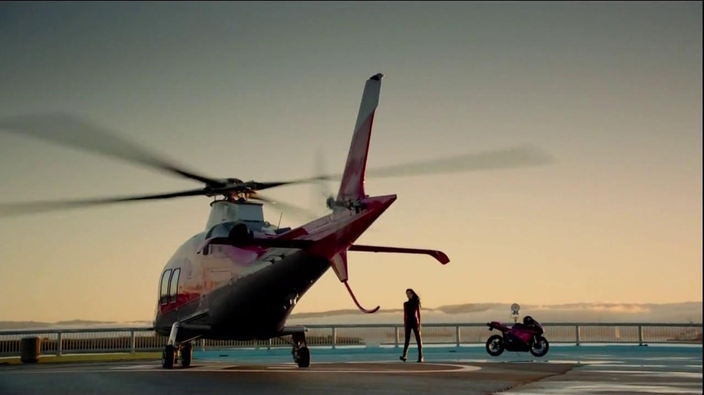 T-Mobile TV Commercial, 'Helicopter' Song by Queens of the Stone Age