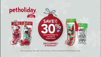 PetSmart Holiday Must-Haves Sale TV Spot, 'PetHoliday' - Thumbnail 6