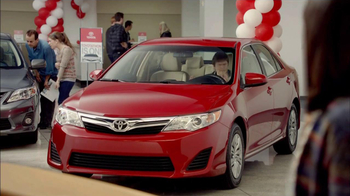 2012 Toyota Camry LE TV Spot, 'Toyotathan: Lucky Guess' - Thumbnail 6
