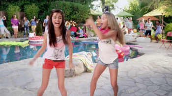 GameStop TV Spot, 'Just Dance 4' - Thumbnail 6