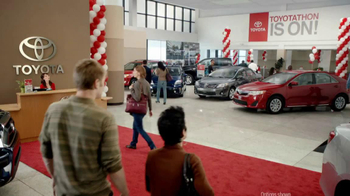 2012 Toyota Prius TV Spot, 'Toyotathon: Save on Gas' - Thumbnail 1