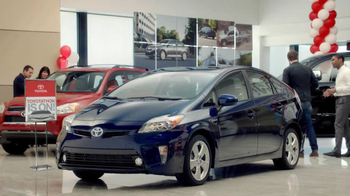 2012 Toyota Prius TV Spot, 'Toyotathon: Save on Gas' - Thumbnail 4